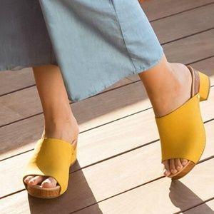 5a40b334d11 Dansko Shoes - DANSKO Maci Leather Mule Slide Size 40